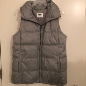 Silver Old Navy puffy vest, Lg